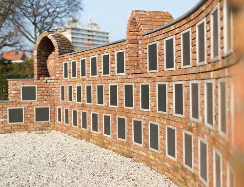 Urnenmuur opgeleverd Begraafplaats Hillegersberg te Rotterdam.